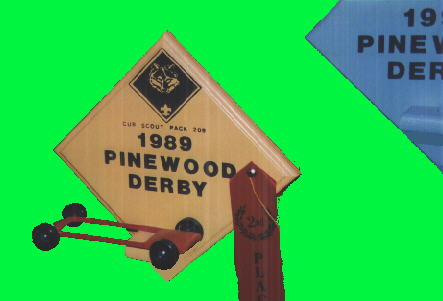 Pinewood Derby Times Volume 400 Issue 40 Maximum Velocity New Pinewood Derby Display Stand Plans